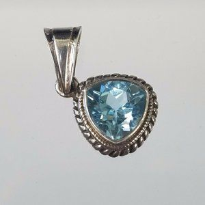 Trillion Cut Blue Topaz Gemstone Pendant Necklace